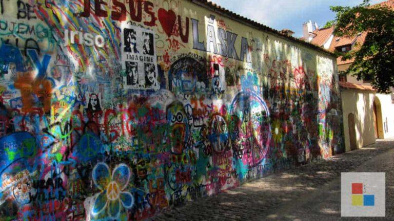 Die John Lennon Mauer in Prag