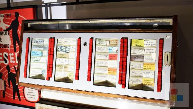 Musicbox in der Ausstellung 100 Jahre Tschechien