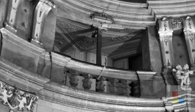 Abgestützter Balkon im Colloredo Mansfeld Palast
