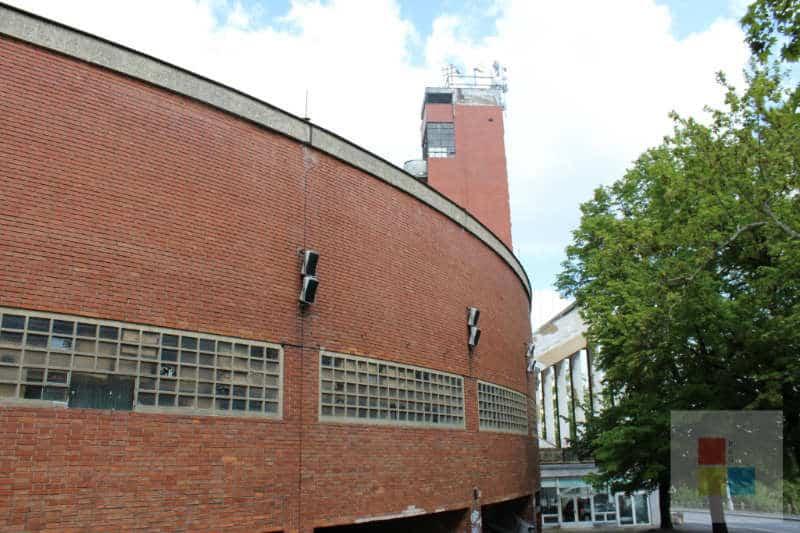 Ein alter Turm im Strahov Stadion