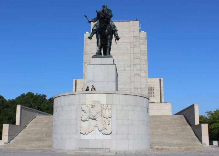 Denkmal auf demVitkov