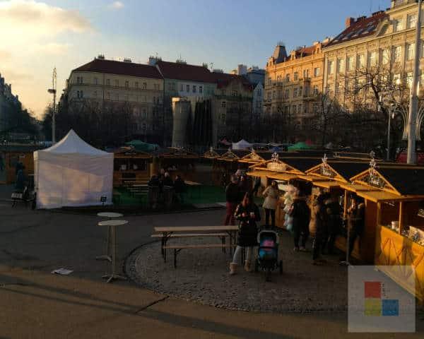 Weihnachtsmarkt au dem Náměstí Jiřího z Poděbrad