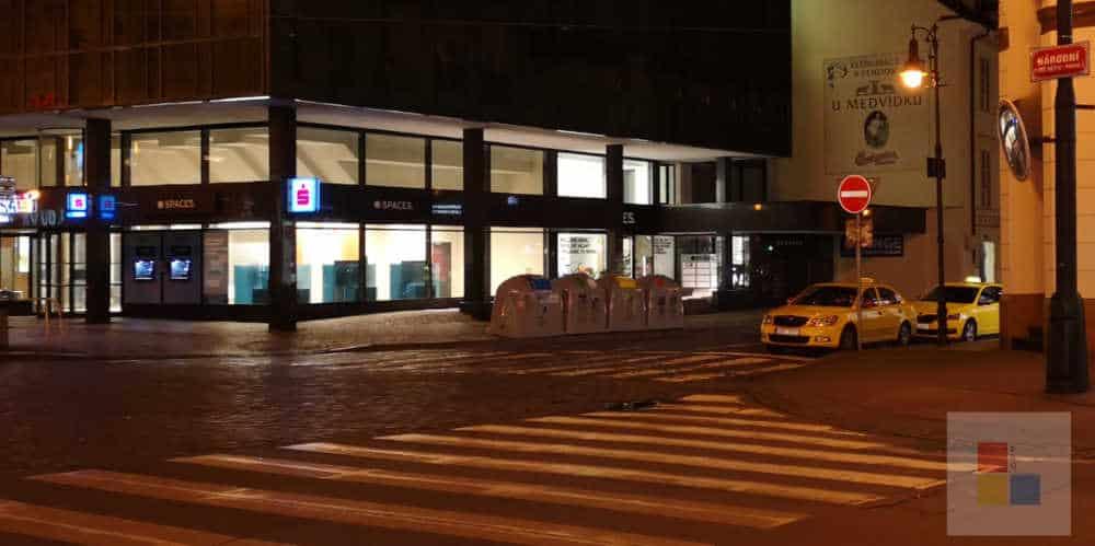 Taxi fahren in Prag | Taxi am Straßenrand
