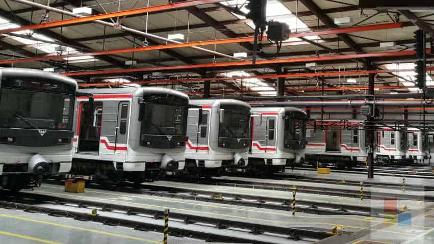 Öffentlicher Nahverkehr   Die Metro im Depot Zlicin