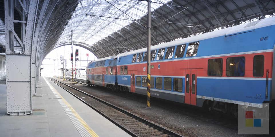 Öffentliche Nahverkehr   S Bahn   Esko