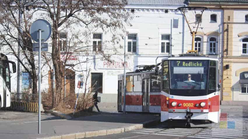 Öffentliche Nahverkehr   Straßenbahn   Linie 7