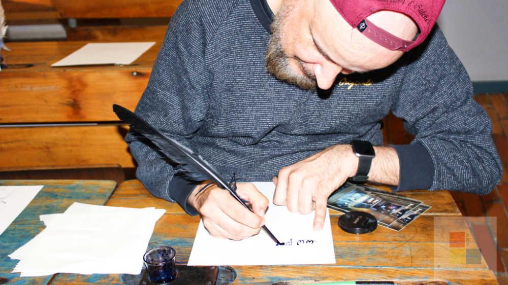 Schreiben mit Feder